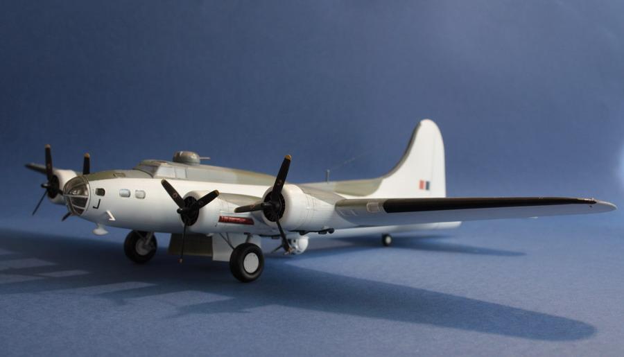 B17 E du Coastal Command de chez Academy au 1/72eme B17_e_10