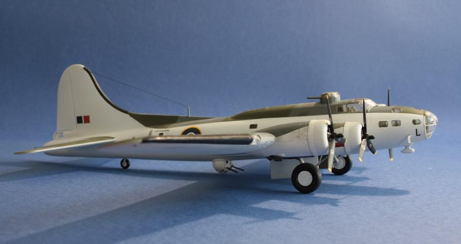 B17 E du Coastal Command de chez Academy au 1/72eme B17_e_11