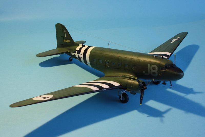 """C47 """"Skyrain"""" 1944 de chez AIRFIX au 1/72eme C47_1112"""