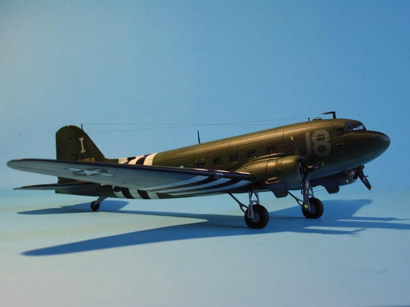 """C47 """"Skyrain"""" 1944 de chez AIRFIX au 1/72eme C47_1113"""
