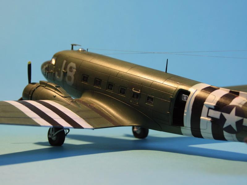 """C47 """"Skyrain"""" 1944 de chez AIRFIX au 1/72eme C47_1114"""