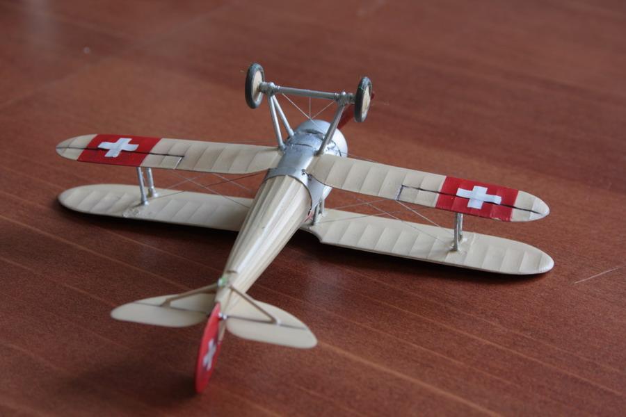 Nieuport Ni28 C1 Suisse de chez Revell au 1/72 Nieupo16