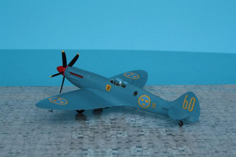 Le spitfire photographe... Spit_m10