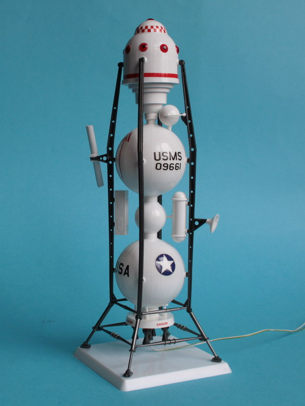 US Moon Ship de chez Lindberg : TERMINE ! ! ! - Page 3 Us_moo53