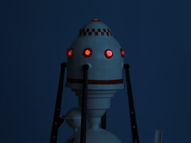 US Moon Ship de chez Lindberg : TERMINE ! ! ! - Page 3 Us_moo58