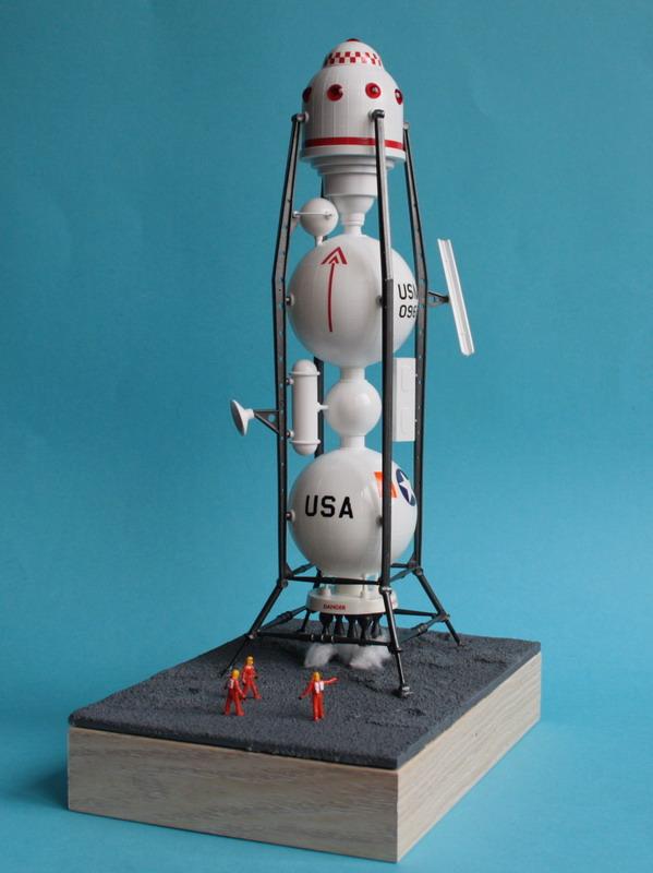 US Moon Ship de chez Lindberg : TERMINE ! ! ! - Page 4 Us_moo67