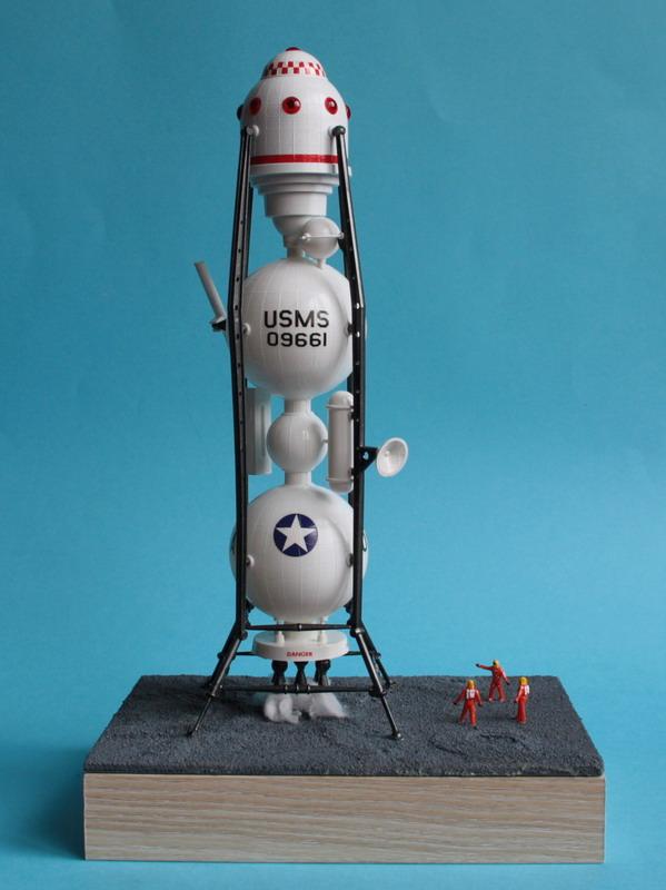 US Moon Ship de chez Lindberg : TERMINE ! ! ! - Page 4 Us_moo68