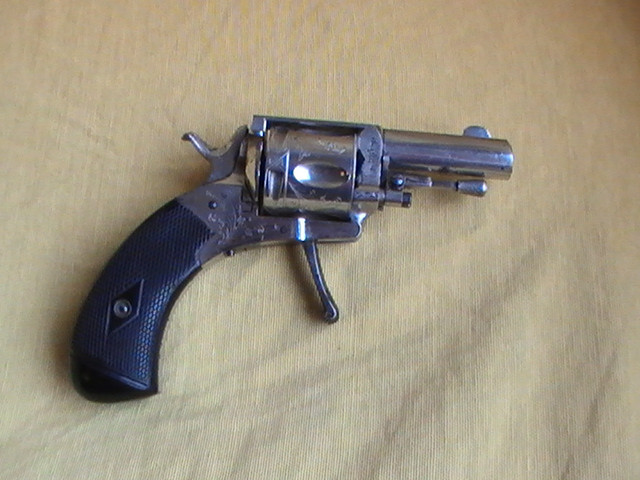 Le revolver d' André Malraux Pic_2961