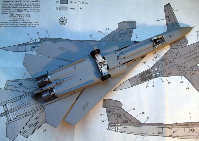 [Monogram] EF 111 Raven - Le corbeau de l'USAF au 1/72 Dscf7131