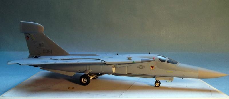 [Monogram] EF 111 Raven - Le corbeau de l'USAF au 1/72 Dscf7140