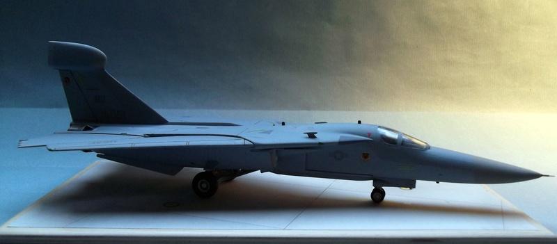 [Monogram] EF 111 Raven - Le corbeau de l'USAF au 1/72 Dscf7141