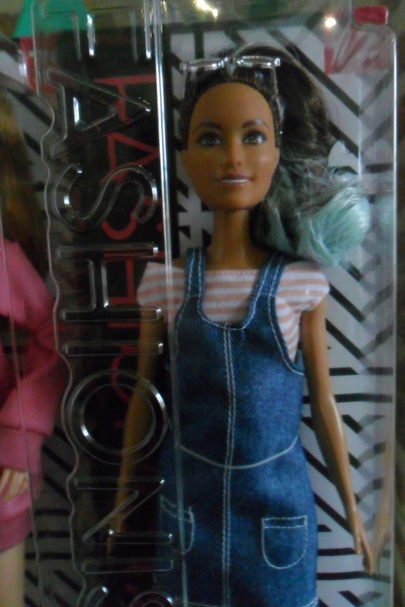 Mon premier amour poupesque : Barbie (Marni Senofonte, X Files et fashionistas) - Page 4 Sam_6326