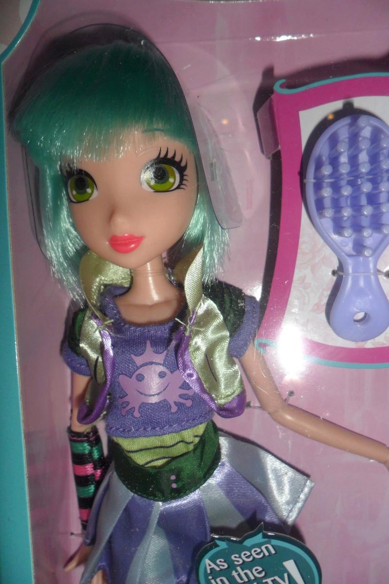 Parce qu'il n'y a pas que Barbie dans ma vie de collectionneuse ! Snapstar et Lol OMG Sam_6338