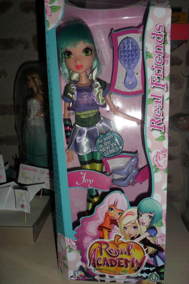 Parce qu'il n'y a pas que Barbie dans ma vie de collectionneuse ! Snapstar et Lol OMG Sam_6339