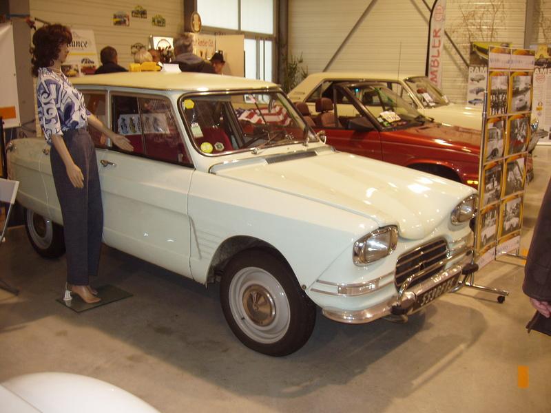 auto retro Chambèry P1010052