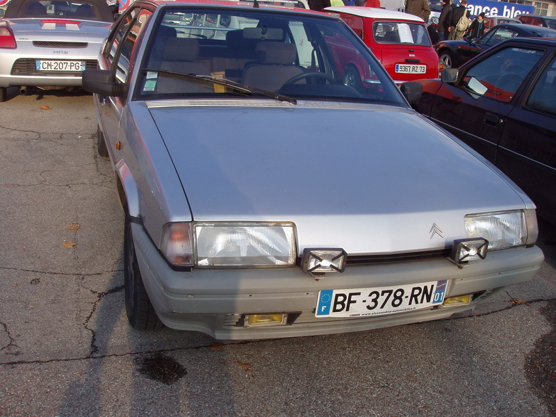 auto retro Chambèry P1010054