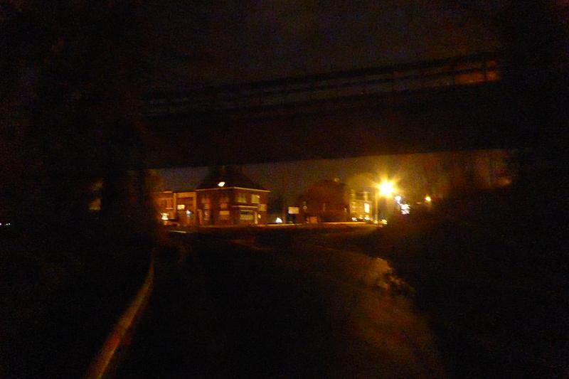 1-05 Mons et la Wallonie travaillent au noir pour les cyclistes 812