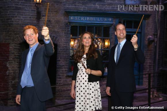 Emma Watson... Et le Prince Harry ?  86879210
