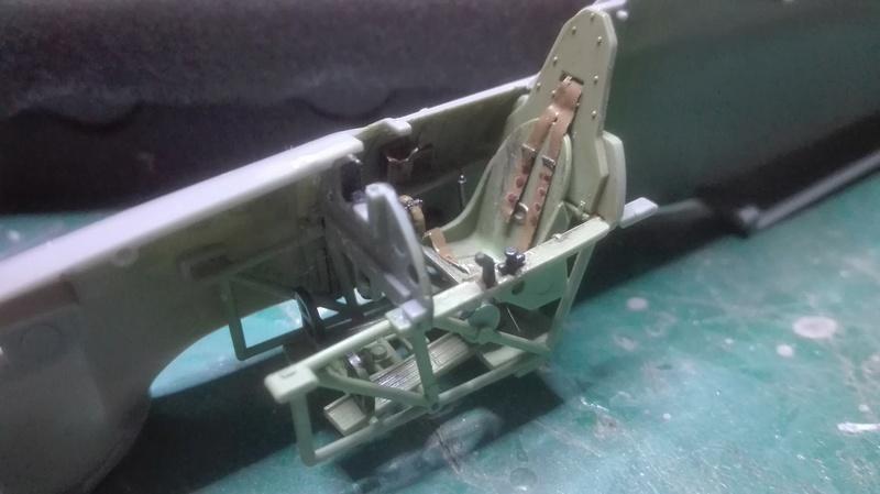 Hurricane Mk1- Douglas Bader - 1/48 Hasegawa Img_2023