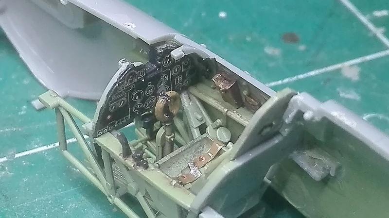 Hurricane Mk1- Douglas Bader - 1/48 Hasegawa Img_2024