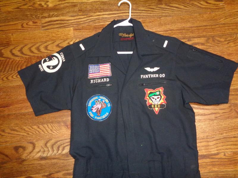 361st Aerial Weapons Company (Cobra) pilot's party suit Dsc06610