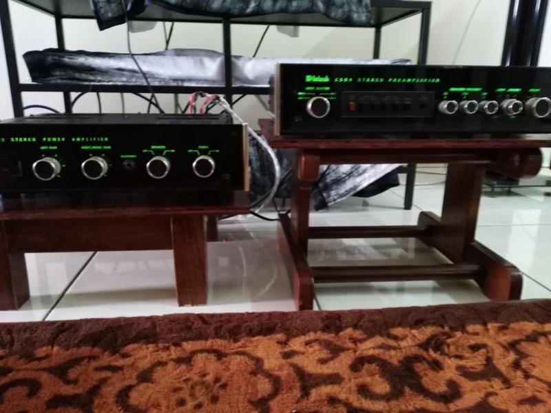 Mcintosh C504 & MC502 pre and power amplifier. Sold Mcinto10