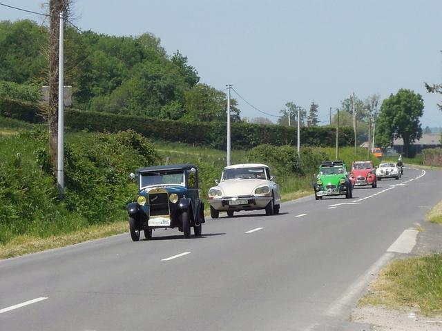 tour de Bretagne des vehicules anciens 2018 Iuyp_110