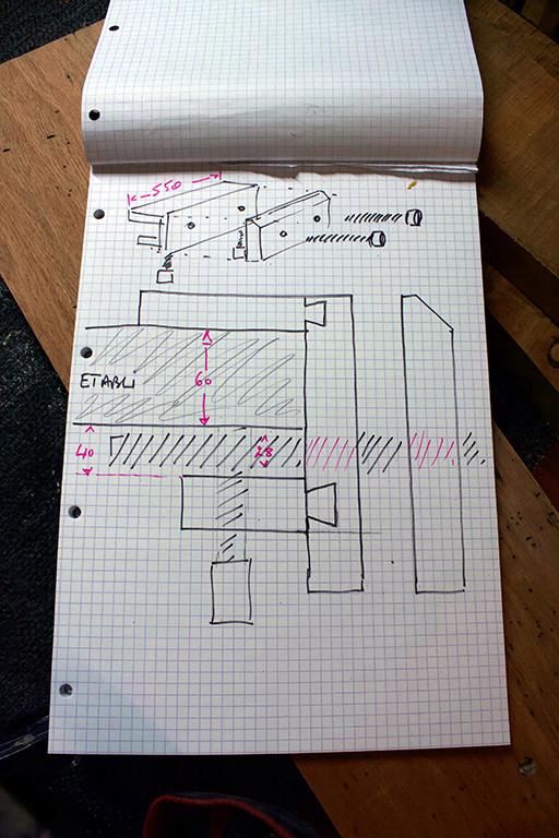 [Fabrication] Un MOXXON en merisier et acajou 02_pla10