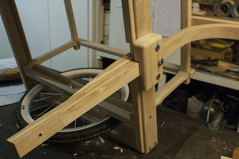 [Fabrication] Une mini mini chariote - Page 3 7110