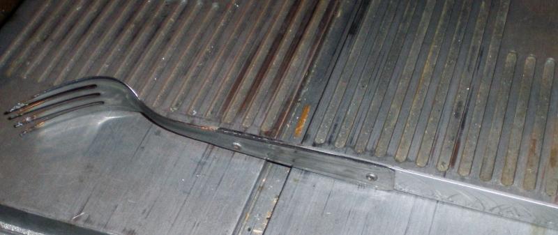 Fabrication d'un petit four pour fonte de l'aluminium Imgp0219
