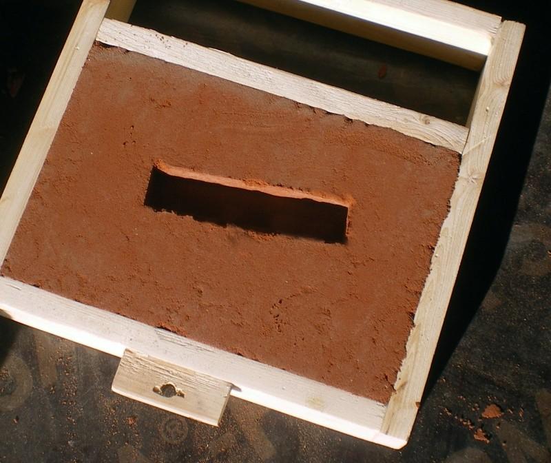 Fabrication d'un petit four pour fonte de l'aluminium - Page 2 Imgp0236