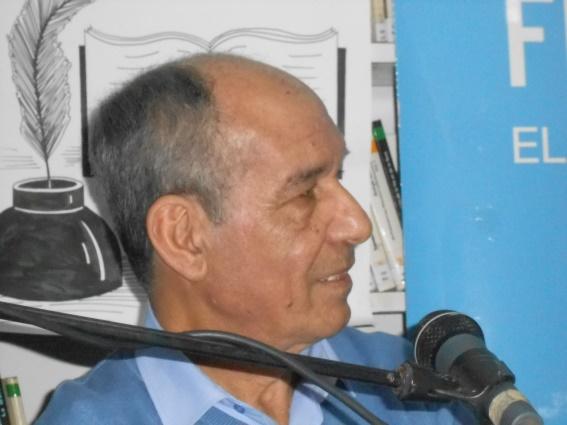Mostapha Daoudia : le tisseur des mots Dscn0312
