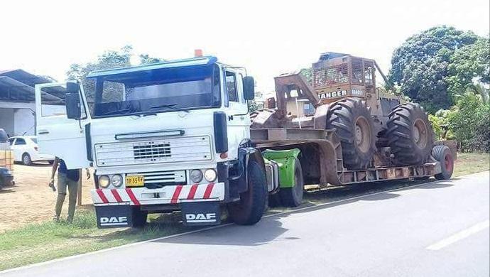 Transports de tracteurs forestier - Page 3 20180241