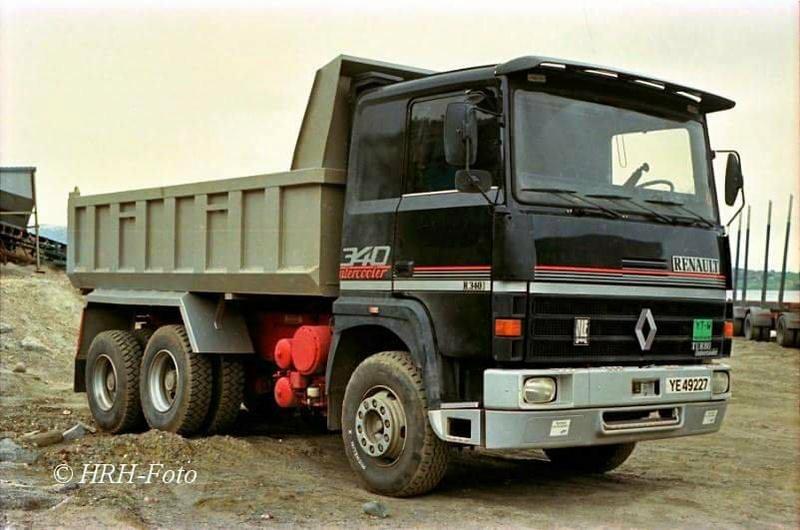 Renault série R - Page 23 24992213