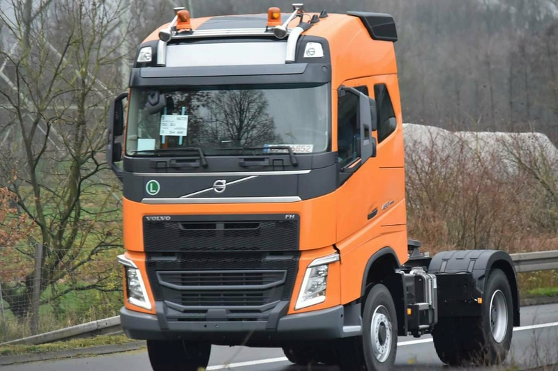 Volvo FH4 (euro 6) - Page 7 25086713