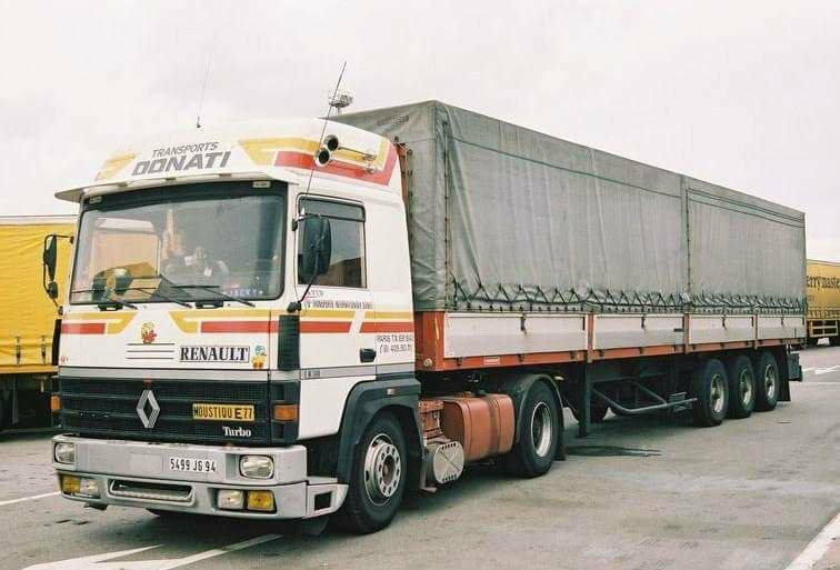 Renault série R - Page 23 25105412