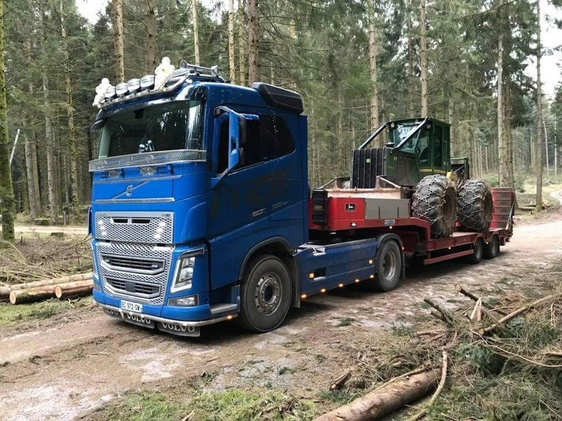 Transports de tracteurs forestier - Page 4 Fb_img54