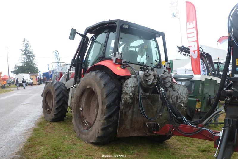 Tracteurs agricoles équipées forestier P1340234