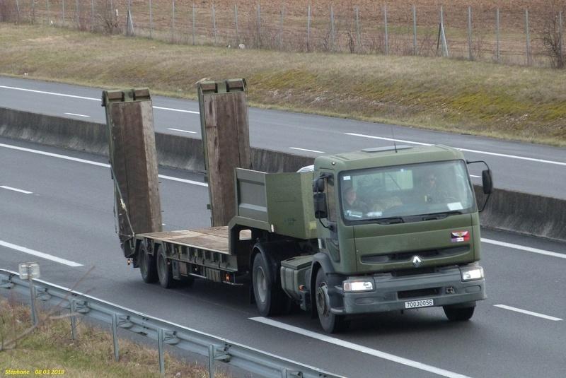 Camions de l'Armée - Page 15 P1410763