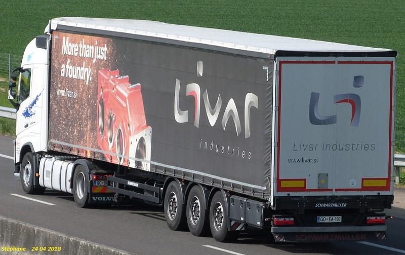 La publicité sur les camions - Page 35 P1420555