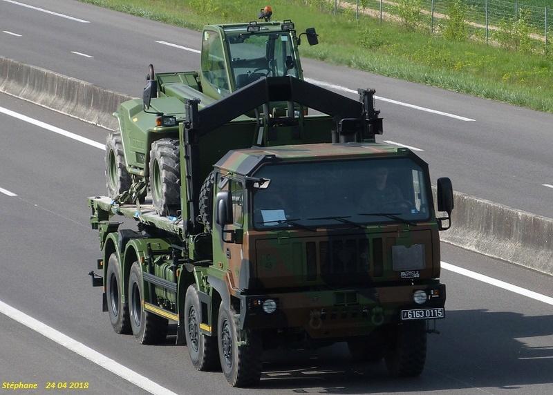 Camions de l'Armée - Page 15 P1420574