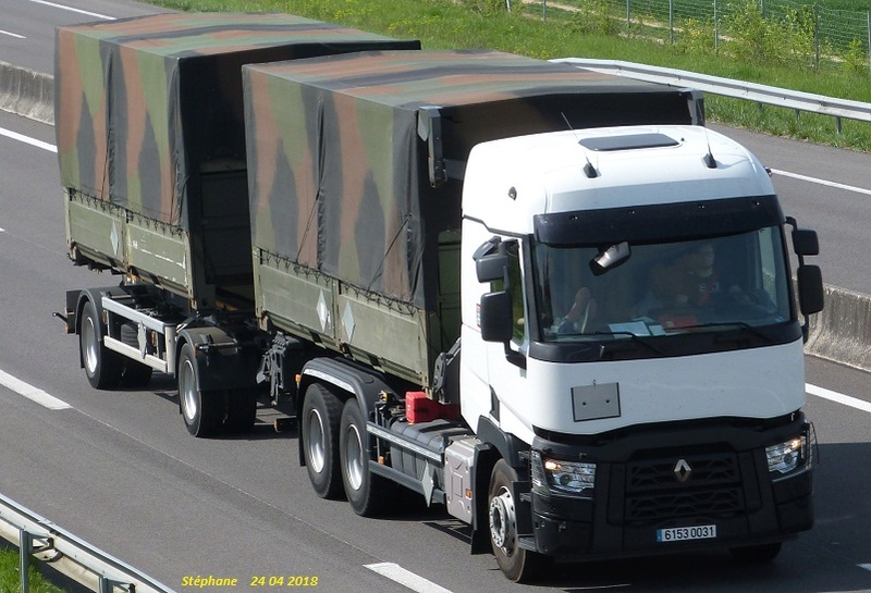 Camions de l'Armée - Page 15 P1420661