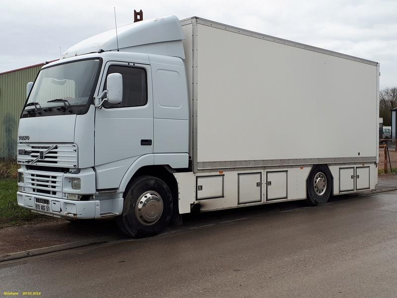 Les Camions des forains - Page 6 Smart119
