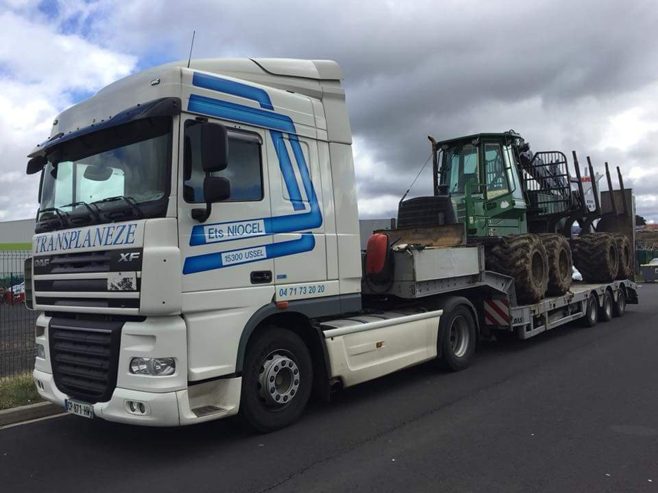 Transports de tracteurs forestier - Page 4 Smart448