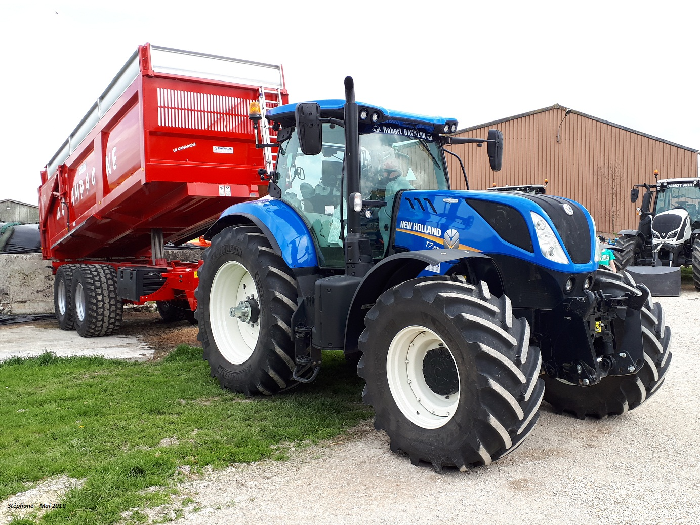 New Holland (Italie) - Page 4 Smart642