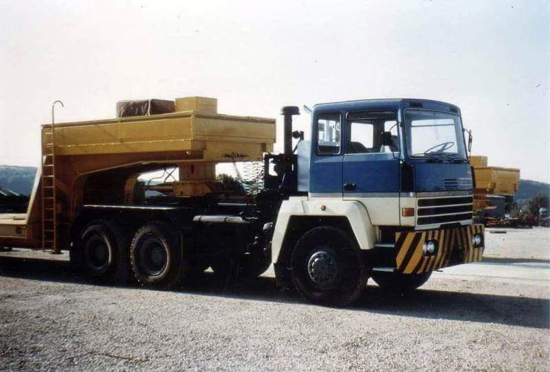 Titan Tractomas ou autres camions spéciaux. Smart_55