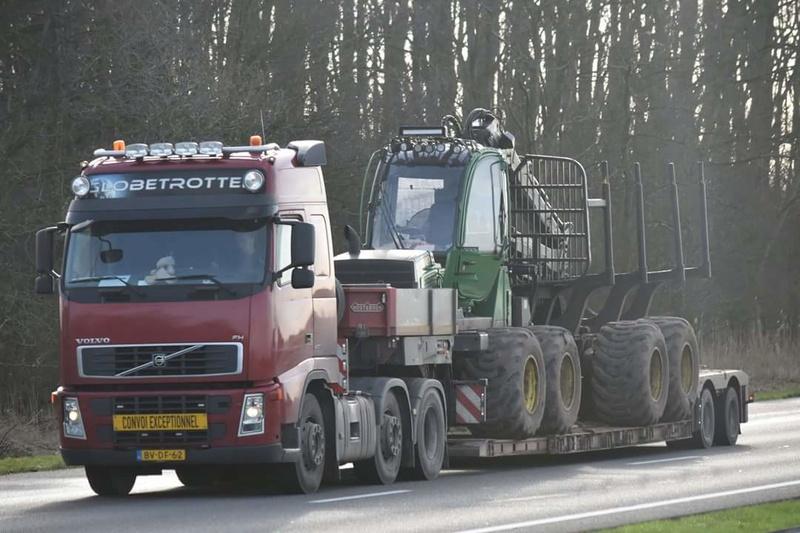 Transports de tracteurs forestier - Page 3 Smart_89
