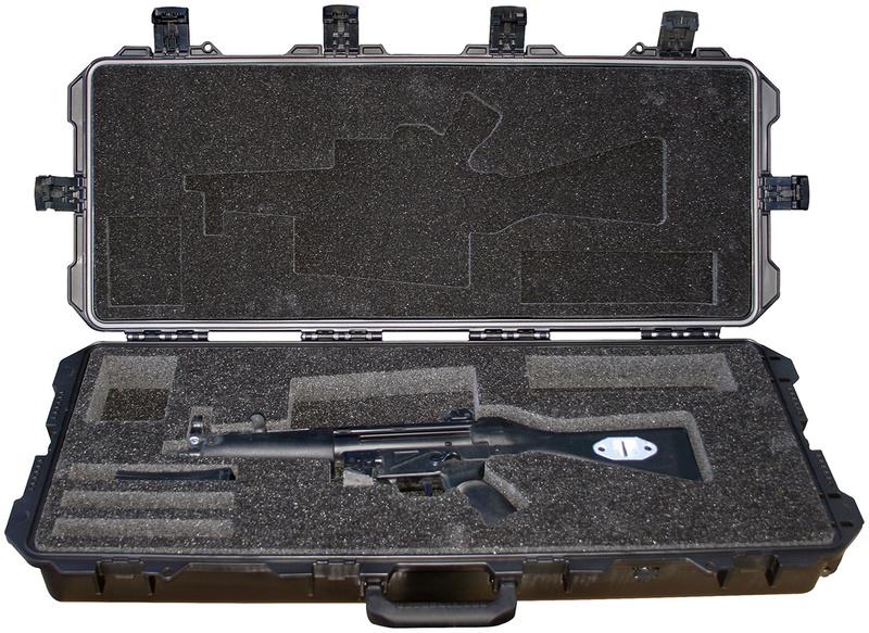 Pelican/Hardigg storm case pour MP5 Pelica10