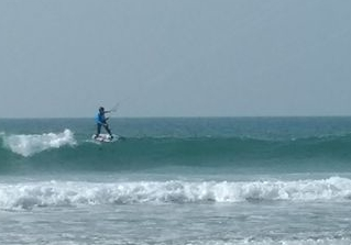 Et le foil dans les vagues alors .... relance ! - Page 7 Kitefo10