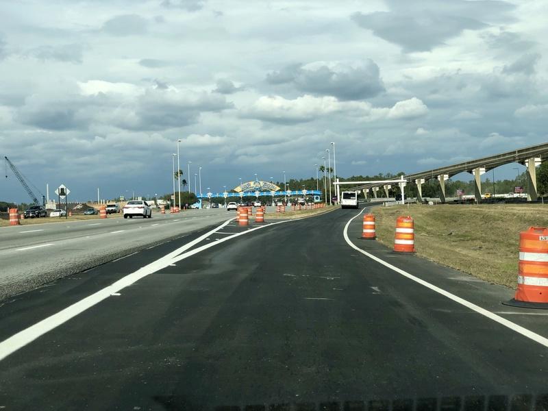 [Magic Kingdom] Nouveaux accès routiers au parc et modifications du parking Img_1710
